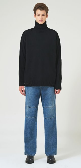 SOLID LAMBS OVER TURTLENECK(BK)